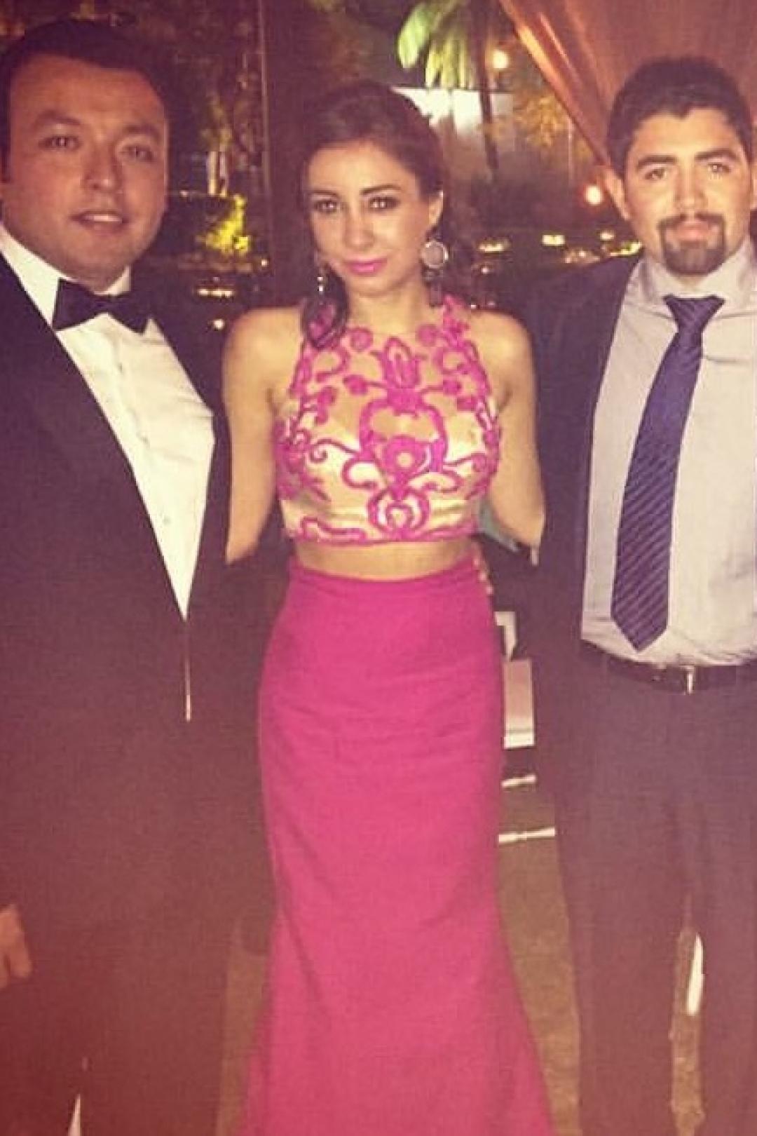 Vestidos de Noche para todo México | Bina Boutique | Tarik Ediz FUCSIA