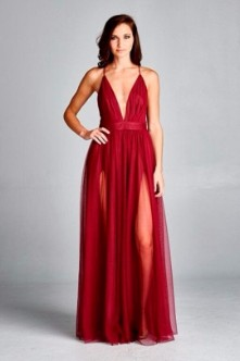 Vestidos de noche corte sirena color vino