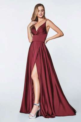 dbb72b5ad Baila toda la noche con este vestido largo de satén y espalda abierta