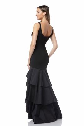 8f4561127 ... Vestido largo de noche sin mangas con tremendos holanes en la parte  inferior de la falda