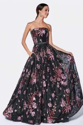 38aca16de Deslumbrate con este bellisimo vestido de noche con su jardin floral en  estampado de todo el ...