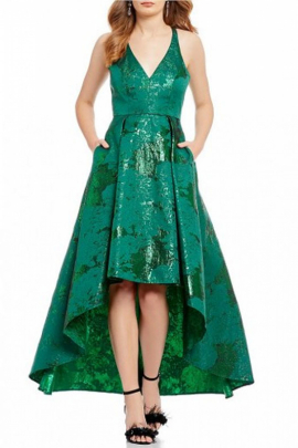 Belle Badgley Mischka